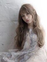 グルーヴプラス(groove plus)外国人風ゆるふわロング ヲタク美容師 grooveplus 新宿