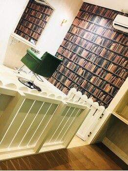 プルラヴィ 吉野ヶ里店(PulRavi)の写真/【キッズスペースあり】*第一印象は髪から*プライベートな時間を過ごせる個室はご家族での利用もOK☆