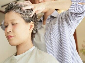 ソフトヘアカッターズ(soft HAIR CUTTERS)の写真/【大人気★ヘッドスパ】日頃の疲れに癒しを…《クリームバス》《頭皮クレンジングスパ》でしっかりケア♪