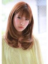 ヘアアンドメイク プリム(HAIR&MAKE Plim)柔らかい雰囲気のロングカールスタイル