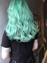 ジーナ(XENA)ホワイトグリーン