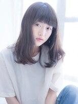 インシ(h&m insi)【insi】大人可愛い小顔セミディ×デザインカラー