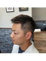 ソフトモヒカン 刈り上げ ビジネスヘアー