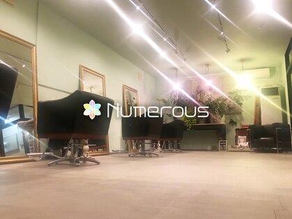 ヌメロ(Numerous)の写真