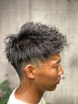 フォーシー(Four C)黒髪アップバングショート
