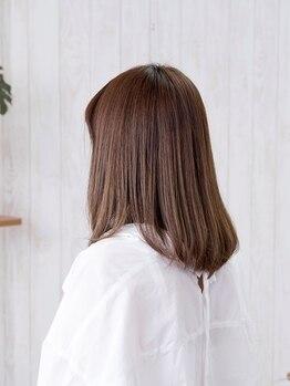 ヘアーサロン アージェ(Hair Salon Ange)の写真/豊富なトリートメントで、ダメージ毛を徹底ケア!お帰りの際は思わず触りたくなるうるツヤの仕上がりに♪
