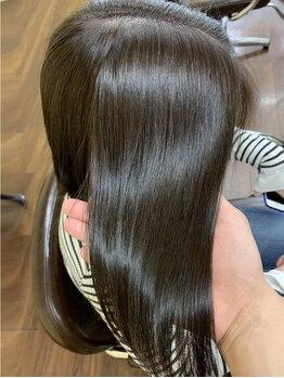 ヘアーメイクバングの写真/呉では希少な《サイエンスアクア》取扱いあり◎シルクのようななめらかさと艶感たっぷりな美しい髪へ♪