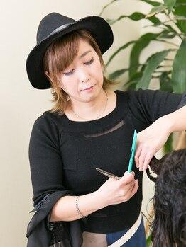 ヘアーメイク ビーエスケーピー(hair make B.S.K.P)の写真/いつまでも綺麗でいたい大人女性に…明るめのグレイカラーもお任せ♪髪や頭皮に優しい和漢カラーもあります