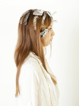 ヘアーズ ギャラリー 桜歌(hair's Gallery)の写真/季節やトレンドに合わせてあなたに似合う色を提案します☆ツヤ感・透明感で、お洒落にもっと楽しめる♪