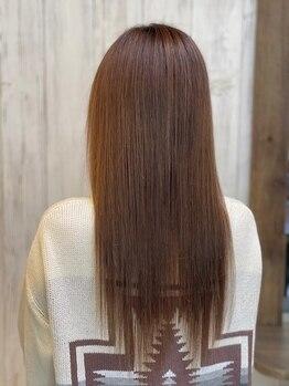 ヘアーサロン アージェ(Hair Salon Ange)の写真/《悩み改善オーダーメイド矯正》季節や年齢に応じたクセ、広がり等のお悩みに合わせて様々な角度から提案◎