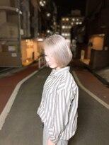 ビーヘアサロン(Beee hair salon)トリートメントブリーチでホワイトアッシュ☆