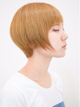 リコ ヘア デザイン 氏家店(RICO hair design)の写真/【氏家】丁寧なカウンセリングであなたの髪のクセを見極め、ペタンとし過ぎないナチュラルなストレートに