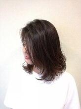 モンド(monde)ミディアムパーマ艶髪