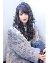 キング ヘアーアンドアイラッシュ(K!ng hair&eyelash)透明感×艶カラー☆流し前髪フェミニンロング
