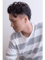 ツーブロック 刈り上げ グランジ 黒髪 ショート ミディアム