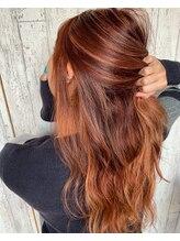 アラウンド ヘアラウンジ(AROUND hair lounge)デザインプラスのコーラルピンクハイライト