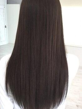 ルーラル ヘア デザイン(Lural hair design)の写真/まとまりがあり、柔らかな指通りの良い質感に♪不自然なまっすぐにならないようストレート感をコントロール