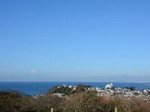 イクイム(Yquim)の雰囲気(富士山と相模湾の景色に癒されながらゆったりとした時間を…♪)