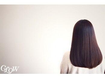 グロウ 甲府/丸の内(GLOW)の写真/髪や地肌にも優しい薬剤を使用し、真っ直ぐになりすぎないナチュラルで指通りの良い質感を実感して頂けます