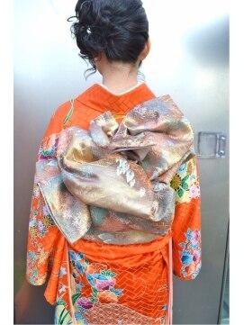 ヘアーメイク マリア 福岡天神西通り(hair make MARIA)振袖のお着付¥5,900(留袖・訪問着¥3,900)2