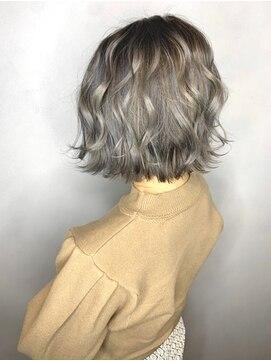 ソース ヘア アトリエ(Source hair atelier)【SOURCE】切りっぱなしグレージュ