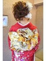 振袖のお着付¥5,900(留袖・訪問着¥3,900)3