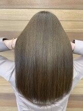 美髪クリニック エクシオール(Exsior)髪質改善×カラー 繰り返し改善を実感できる美髪カラーエステ