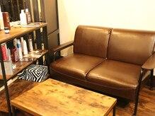 サロンドナイト 騎士東京店(Salon De Knight)の雰囲気(【ウェイティングスペース】お子様連れ大歓迎。)