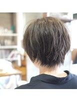 ノエル ヘアー アトリエ(Noele hair atelier)女性らしさを残した無造作ショート☆