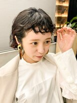 テトヘアー(teto hair)ミニボブ パーマショート黒髪オレンジデザインくるくる
