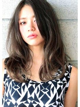 ヘアサロン ガリカ 表参道(hair salon Gallica)☆ プラチナグラデーション × 無造作 クセ毛風 semi-long ☆