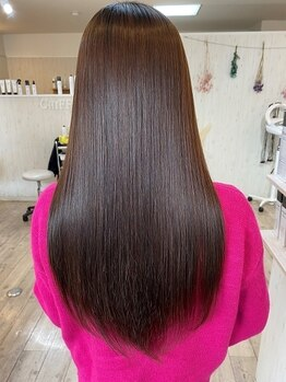 シフォン(Chiffon)の写真/【口コミ高評価★高城】超音波アイロンを使用した極上トリートメント☆髪に潤いを与え、いつでも綺麗をkeep
