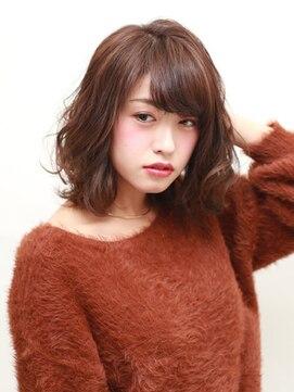 ブラン(Blanc)☆忙しい女性オススメ☆ ミディアム×7レベルブルーアッシュ