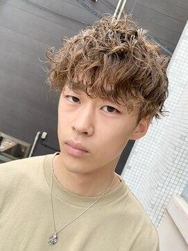 アブアイロス(LOSS)【stylist/shogo】スパイラル×波打ちパーマ