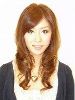 ヘアメイク オブジェ(hair make objet)甘辛ミックスの巻き髪風パーマ