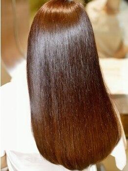 オプスヘアー 西新店(OPS HAIR)の写真/【美容業界話題沸騰中!!最高級Aujuaトリートメント使用】髪の傷み修復にとことん向き合ってくれるサロン♪