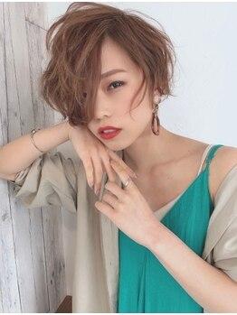 ラナヘアーサロン ホシガオカ(Lana hair salon HOSHIGAOKA)の写真/小顔効果抜群のショート、ショートボブスタイルで、大人可愛いを演出。話題のくびれヘアにも注目!