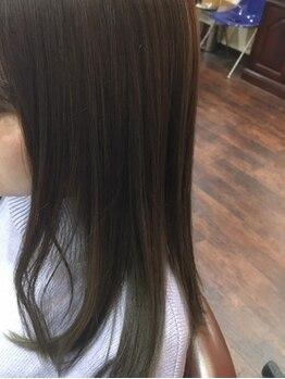 グッドオルヘア(GOOD OL' HAIR)の写真/【盛岡駅裏/駐車場有】白髪を染めながら透明感を出す、ワンランク上のカラーが35歳からの大人女性に人気!