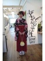 卒業式の袴ガール画像