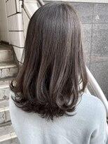ローラン(ROULAND)【ROULAND石川】光に透ける暗髪グレージュ20代30代40代