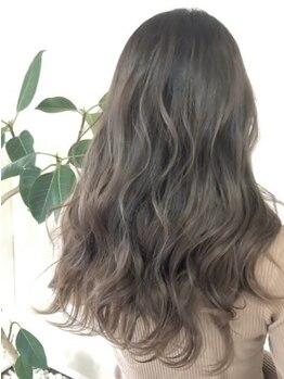"""ヘアーデザインアンジー(Hair design Angie)の写真/""""透明感×抜け感""""の色気放つカラーで柔らかなトレンドの艶髪に―。Rブリーチで""""シアミルキーカラー""""が叶う"""