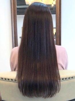 ミルコ バイ クラク(MIRUCO by KURAKU)の写真/【新導入☆フローディアトリートメント】で理想の仕上がりに!髪質やダメージに合わせて最適なケアを。