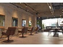 ルーツホーム(Roots Home)の雰囲気(オシャレな空間に植物溢れる店内☆ 《仙川》)