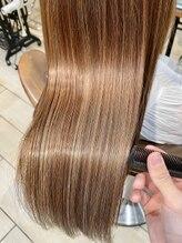 ネオリーブ ティアラ 下北沢店(Neolive tiaLa)うるツヤ髪質改善トリートメント×超音波アイロン