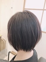 リリー ヘアーデザイン(Lilly hair design)【勝田台駅Lilly昼間】首元すっきりショートボブスタイル