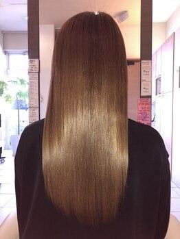 ヘアーラヴワン 館林の写真/【艶髪をGet♪】乾燥/湿気/クセ…様々な髪のお悩みを解決します◎こだわりの薬剤で憧れの美髪をアナタヘ!