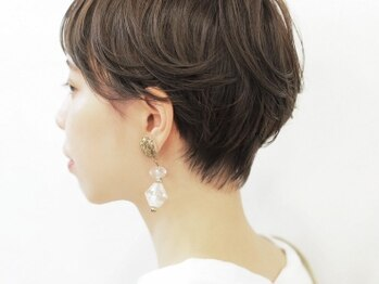 モナヘアー ロット(mona hair lot)の写真/今の自分にピッタリの髪型を見つけて、さらに魅力をアップさせてみませんか?大人かわいい仕上がりに♪