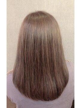 ヘアリビングアローネ(Hair Living Allone)さらふわミディ
