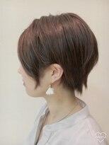 クール ヘアー ギャラリー 神明町店(COOL Hair gallery)シンプルモードな耳かけショートスタイル