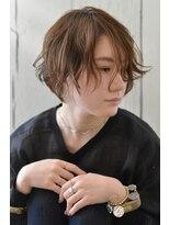アダムスブォーノ(adamsbuono)春のおしゃれショートヘアー